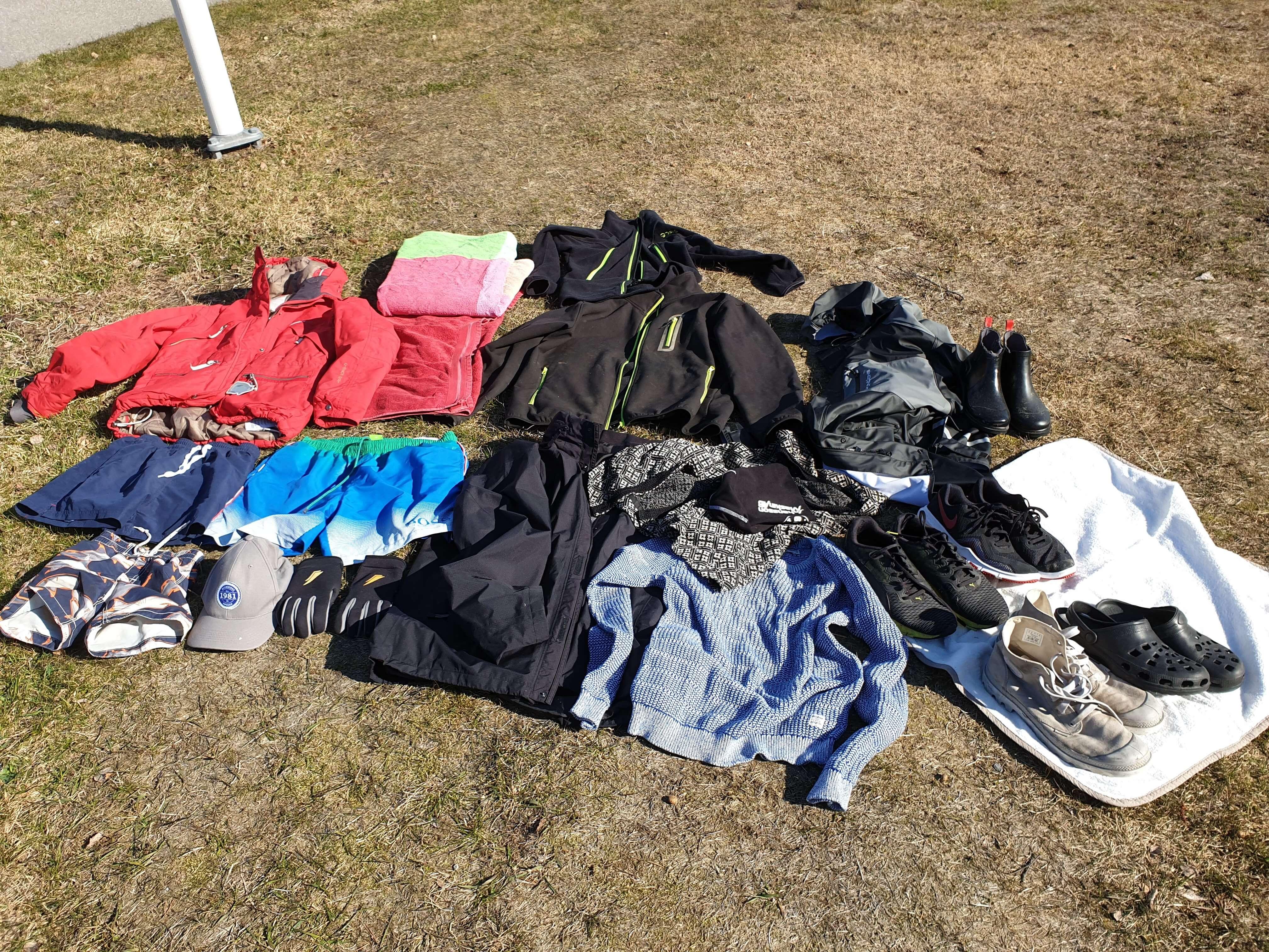 Kvarglömda kläder